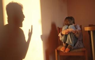Bambini maltrattati: sono 18 milioni in Europa