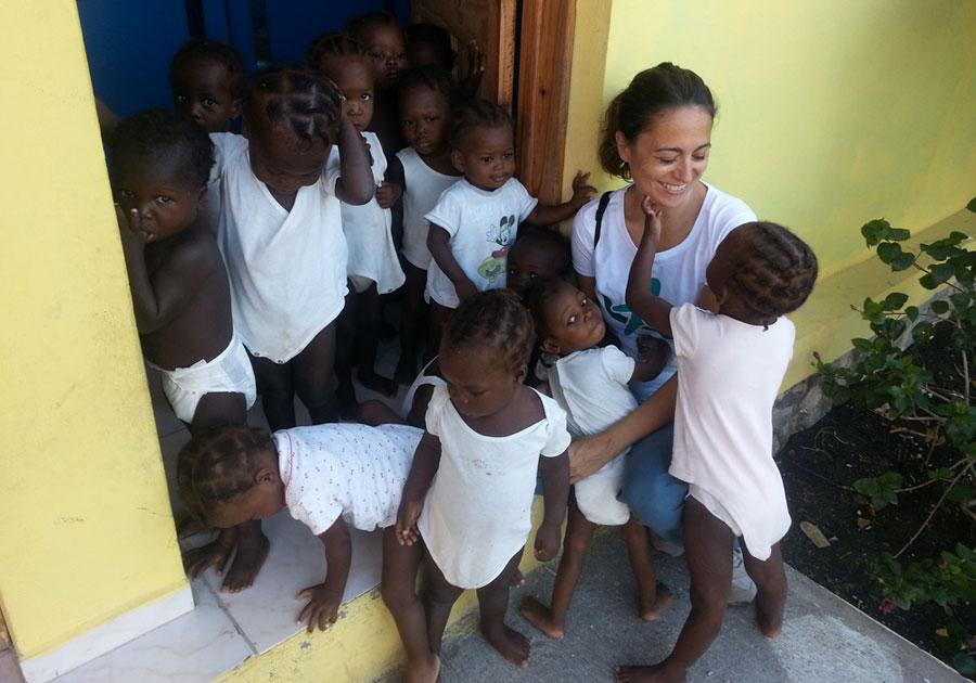 Simona Iallonardo - La clinica Saint Francois è un'oasi di pace in mezzo alla disperazione.