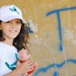 Bambina del Progetto Varcare la Soglia contro la povertà in Italia