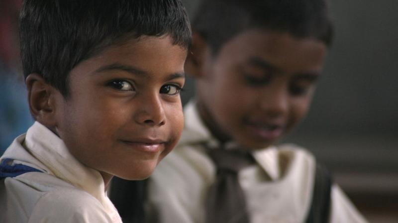 Bambini a scuola in India - Sostegno a distanza