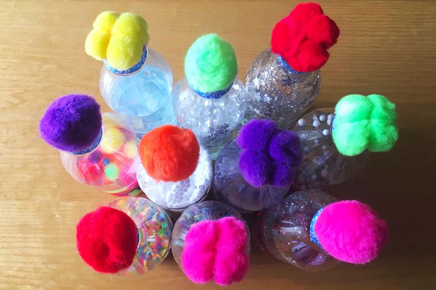 Bottigliette sensoriali con i Pon pon- ZeroSei