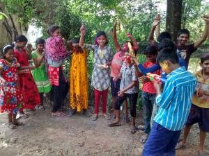 Holi festival un incredibile festa di primavera in India bambini