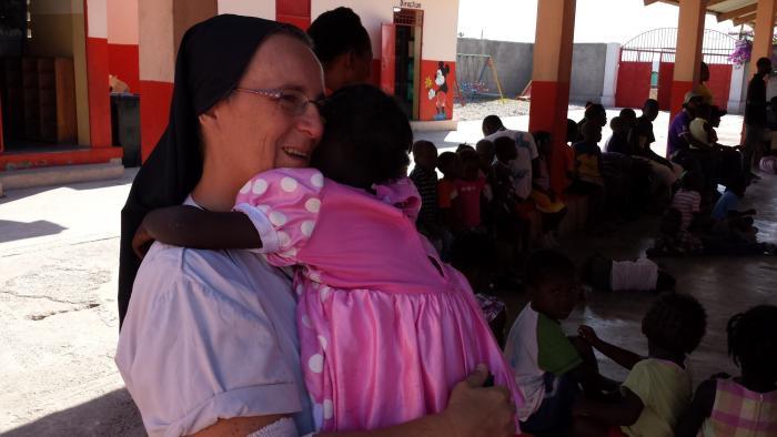 Suor Marcella SAD Haiti