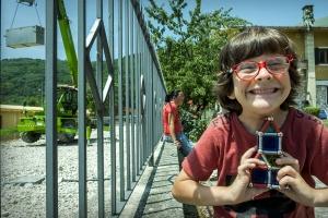 Andrea con i Geomag - Storie del terremoto