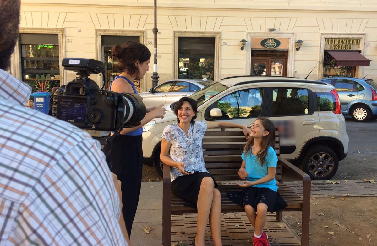 Esperimento sociale Roma Barbara e Miranda
