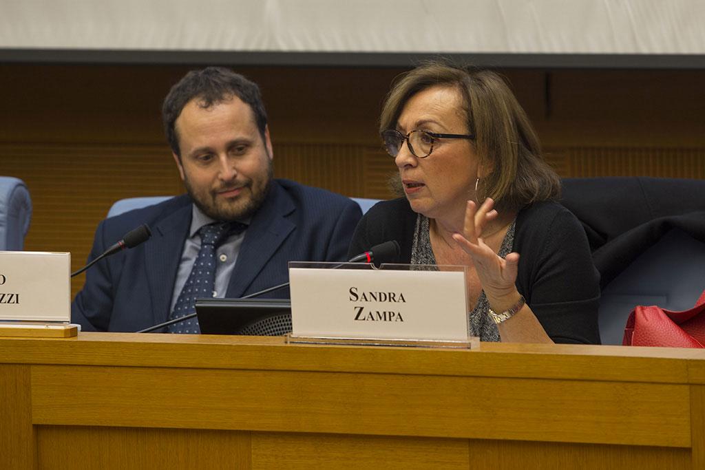 Ivano Abbruzzi e Onorevole Sandra Zampa conferenza ITALIA- POVERI BAMBINI Camera dei Deputati Roma