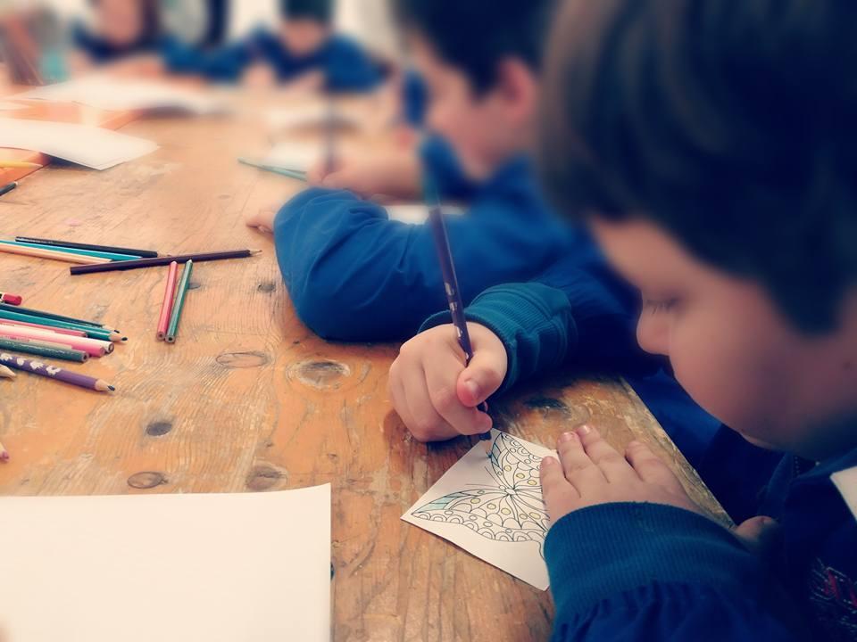 Ludoteca Ricostruire le storie bambini