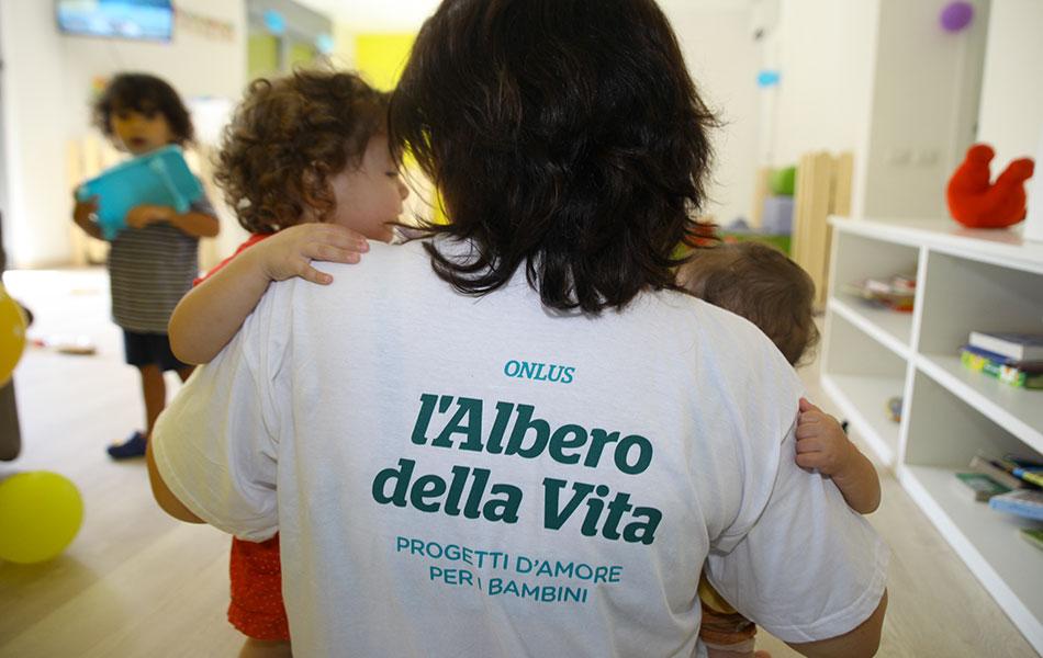 Abbraccio ZeroSei Lascito Solidale