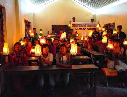 La vostra luce è arrivata nei villaggi indiani!